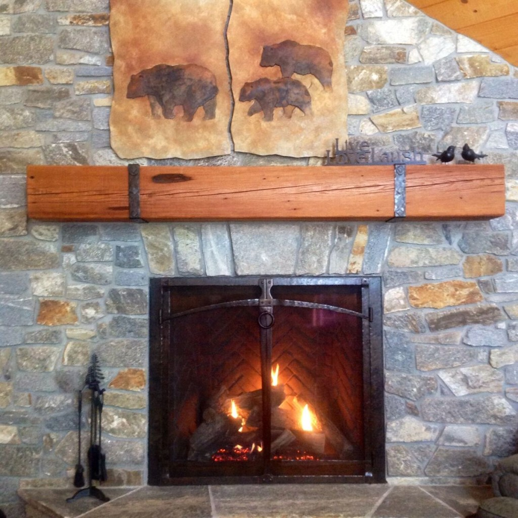 Mantle With Iron Brackets