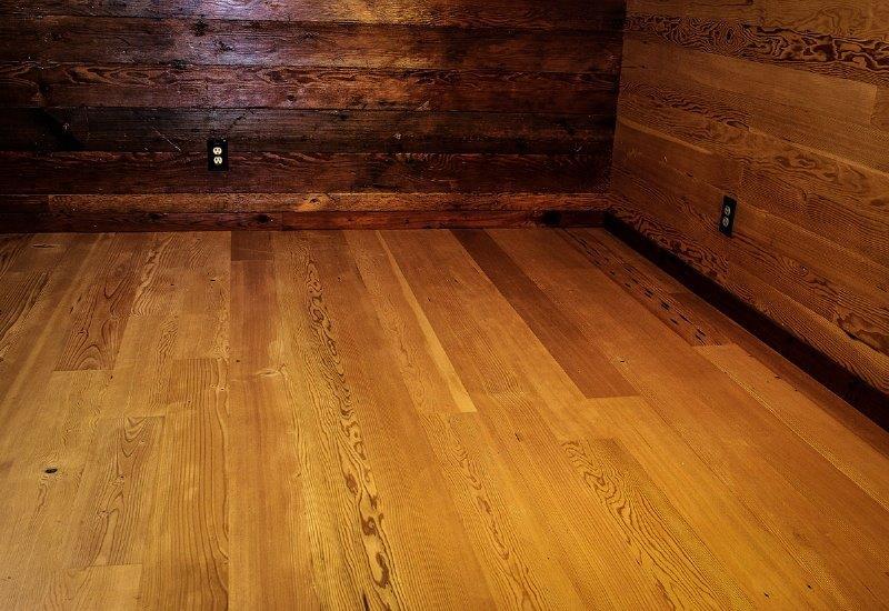 Breakroom Floor Mixed Grain Df